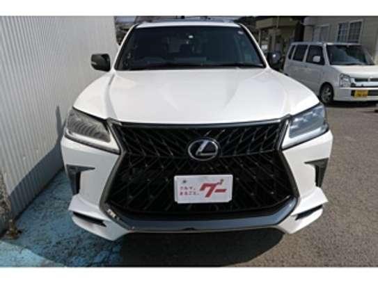 Lexus Lx570 2018 Pearl image 13
