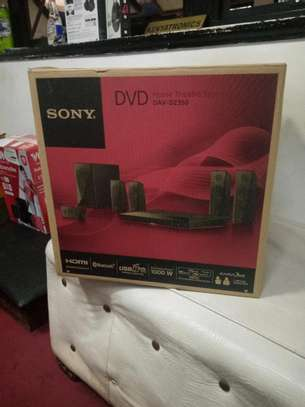 SONY DAV DZ350 1000 WATTS HOME THEATER SYSTEM image 1