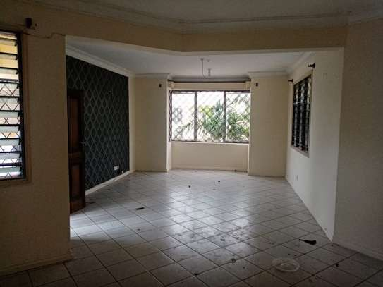 4br house for rent in Nyali Beach Road. image 4