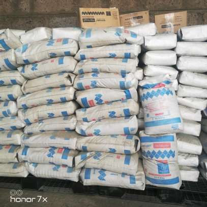 Adhesive tiles /tilling cement image 1
