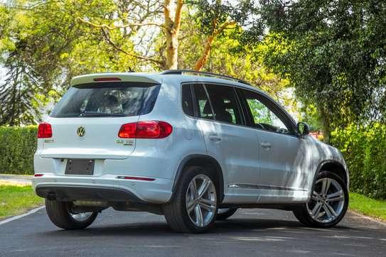 Volkswagen Tiguan image 5