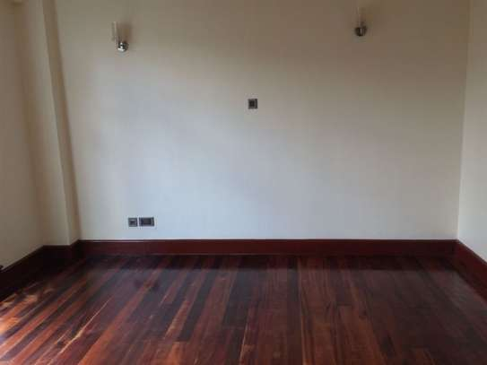 3 bedroom apartment for rent in Riverside image 7