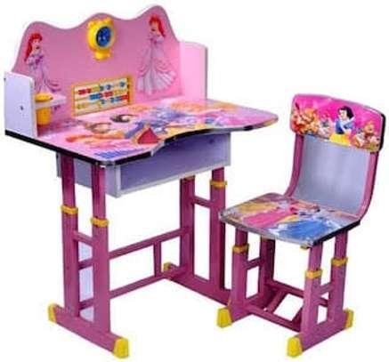 Kids study tables/desk image 1