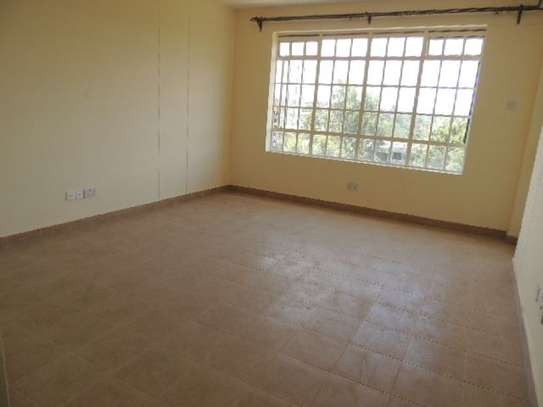 Ruaka - Flat & Apartment, House image 3