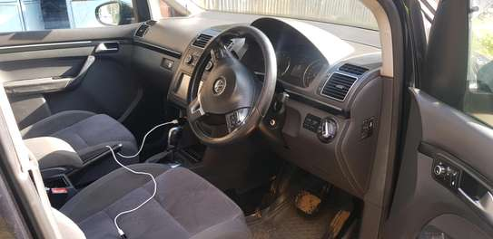 Volkswagen touran image 4