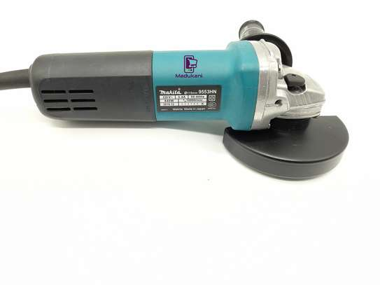 Makita 9557PB 4-and-half Inch Angle Grinder with Paddle Switch image 1