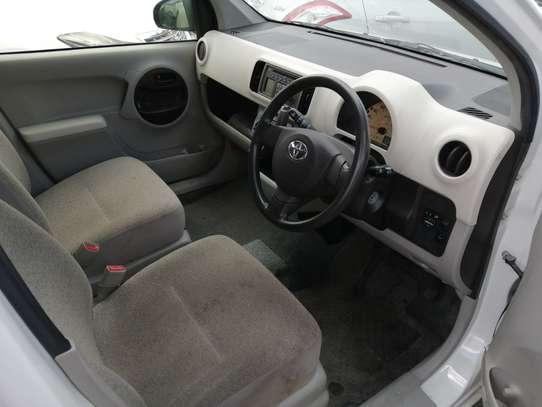 Toyota Passo image 3