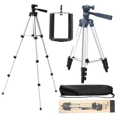 tripods with Microphone and phone holder image 9
