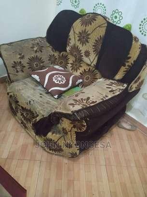 Sofa 7 Seater image 3