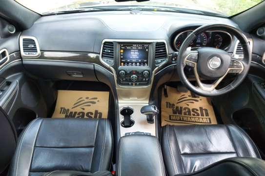 Jeep Grand Cherokee 3.0 CRD Overland 4x4 Automatic image 11