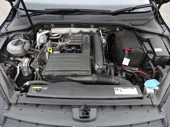 Volkswagen Golf 1.4 Tsi image 13