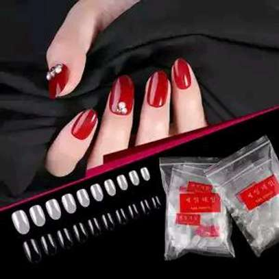 Artificial nails image 1