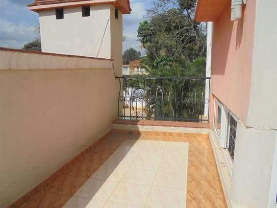 4 bedroom house for rent in Thigiri image 17