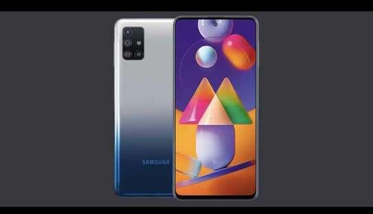 Samsung m31s image 2