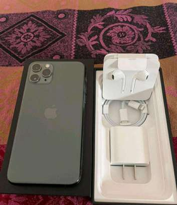 Apple Iphone 11 Pro Max Green 512 Gigabytes image 1