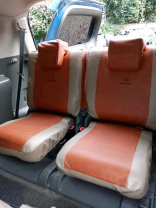PRADO CAR SEAT COVERS image 5