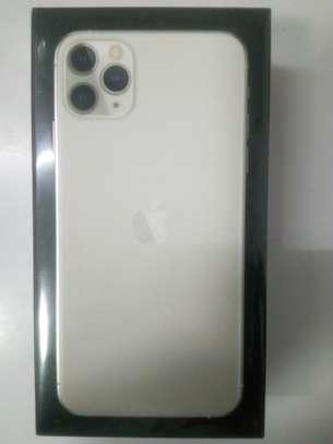 iphone 11 ProMax image 2