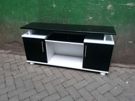 Flat top TV stand 617h image 1
