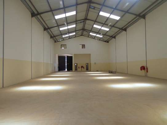 8000 ft² warehouse for rent in Athi River Area image 6