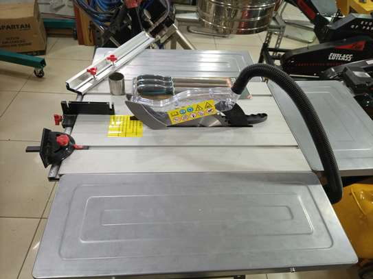 table saw comes with a free electric blower and a set of wood files image 3