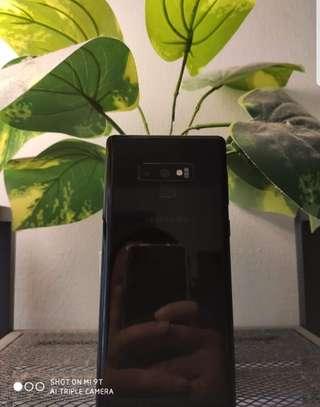 Samsung Note 9 image 2