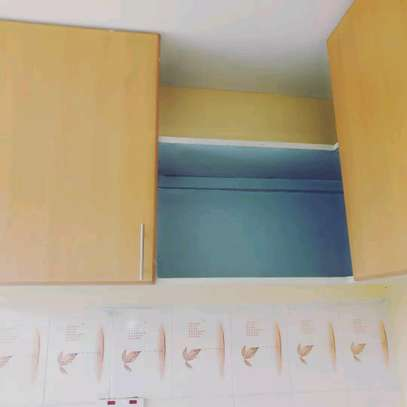 SPACIOUS ONE BEDROOM APARTMENT TO LET image 8