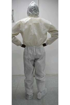 Personal Protective Equipment, Isoltion Suit, Full body suit