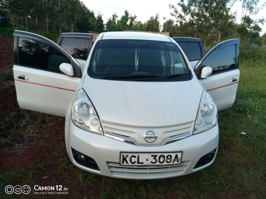Nissan note 2010 model image 8