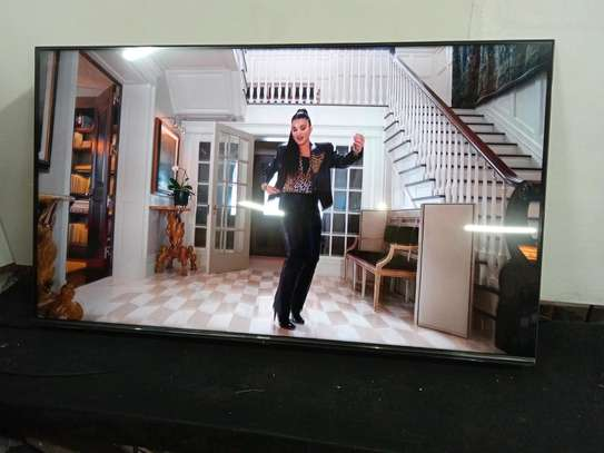50 inch Hisense smart TV(Series 6) in shop+Delivery Services image 1