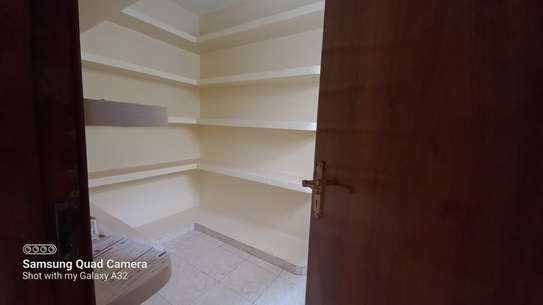 4 bedroom townhouse for rent in Brookside image 5