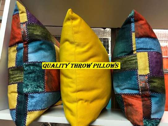 YELLOW THROWPILLOWS AND CASES image 2