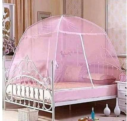 Rounded Mosquito nets image 2