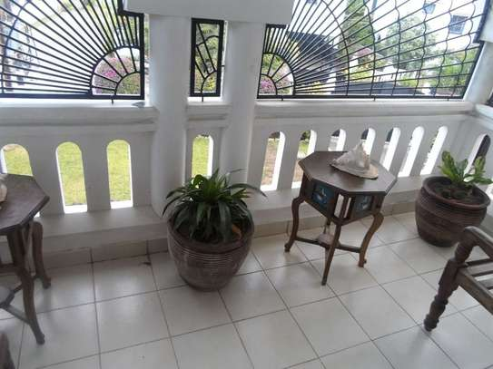 4 bedroom house for sale in Mkomani image 12