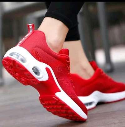 Klyt ladies sneakers image 1
