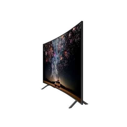 49 inch Samsung Smart UHD 4K Curved HDR TV - UA49RU7300KXKE - Free Wall Mount Bracket, Delivery and Installation image 3