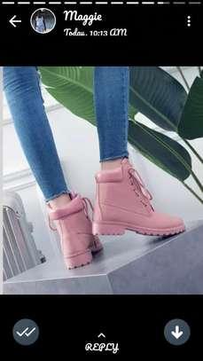 unisex shoes image 3