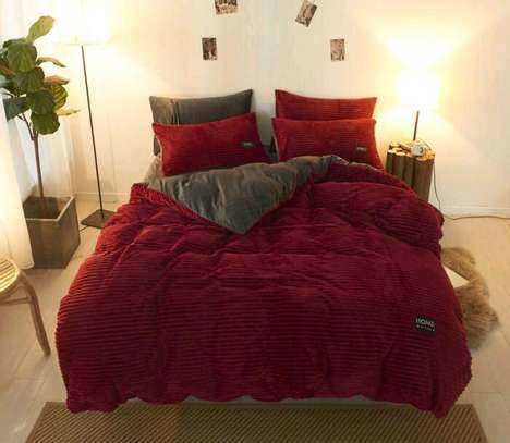 7 by 8 Fleece Duvet ....4pcs image 3