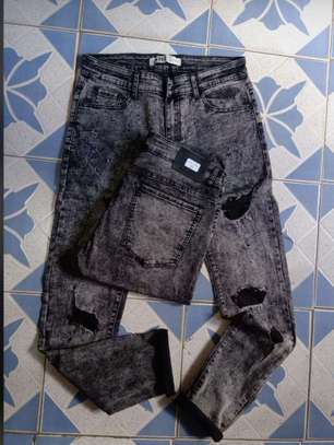 Rugged jeans image 10
