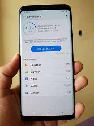 Samsung s9 plus image 1