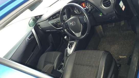 Toyota Auris image 5