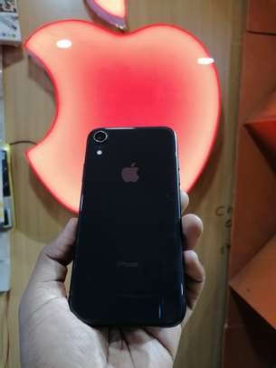 IPhone XR 128gb image 5