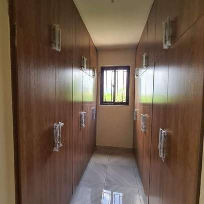 Furnished 3 bedroom apartment for rent in Nyali Area image 4