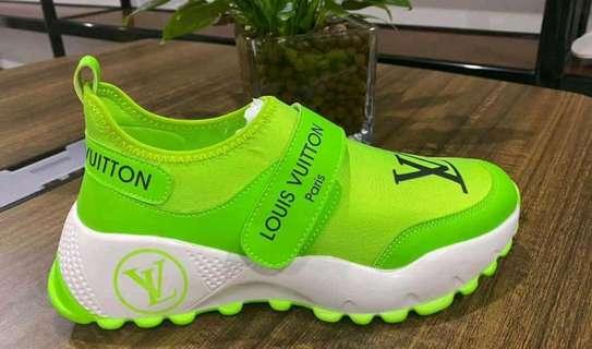 Original Louis Vuitton shoes image 2