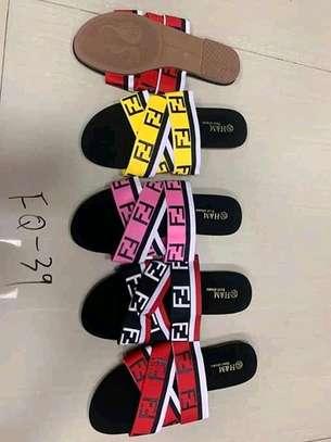 Sandals/slide image 4