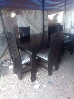 6 Seater Dinning Table with Cushioned Seats