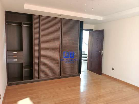 5 bedroom house for rent in Kyuna image 6