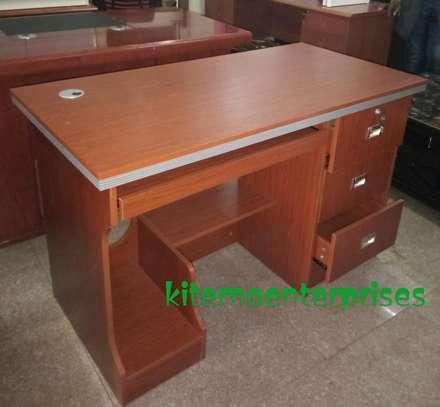 Executive table 12.0Et image 1