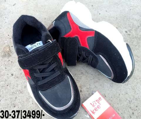 Sport Shoes image 1