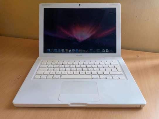 MacBook 4,1 image 2