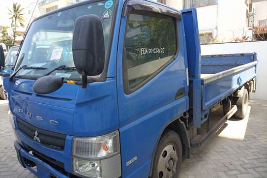 Mitsubishi Fuso Canter FE image 9
